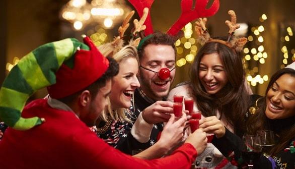 конкурсы на Новый год 2021 для веселой компании самые прикольные