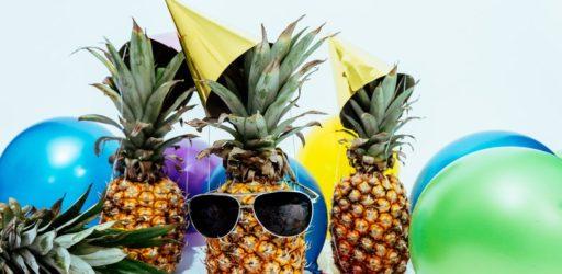 Смешные застольные конкурсы на день рождения взрослых: 100 лучших